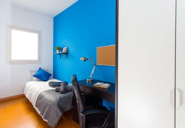 Rent by room in Barcelona - Tetuan Bliss Residence H3