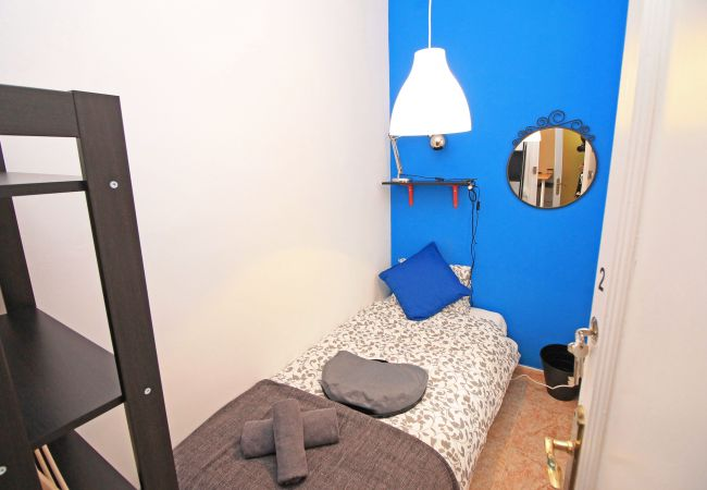 Rent by room in Barcelona - San Pau Residence H2