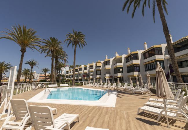 in Playa del Ingles - San Agustin apartment pool and terrace by Lightbooking